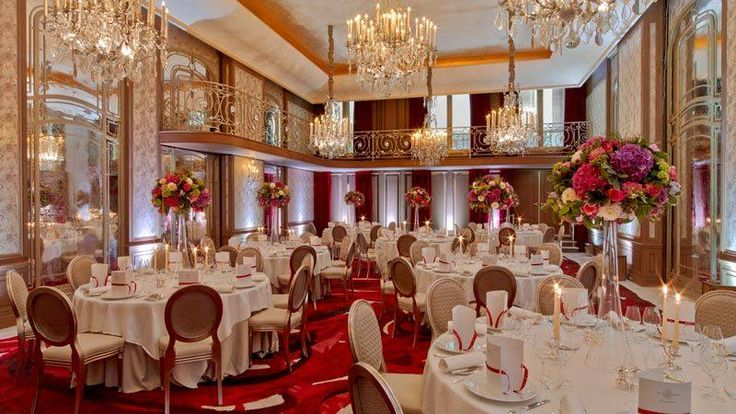 Hotel Plaza Athenee- where Jackie stayed in Paris