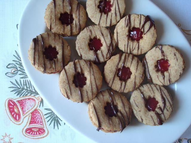 Linecké ořechové celozrnné cukroví