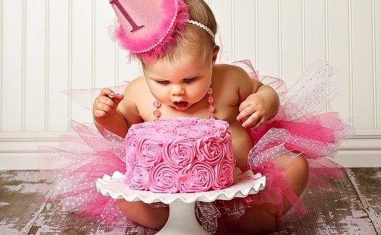 6 idées pour organiser le 1 er anniversaire de bébé sans se ruiner