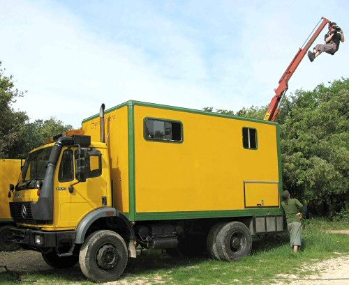 1820 1994 4x4 Mercedes truck with extended chassis