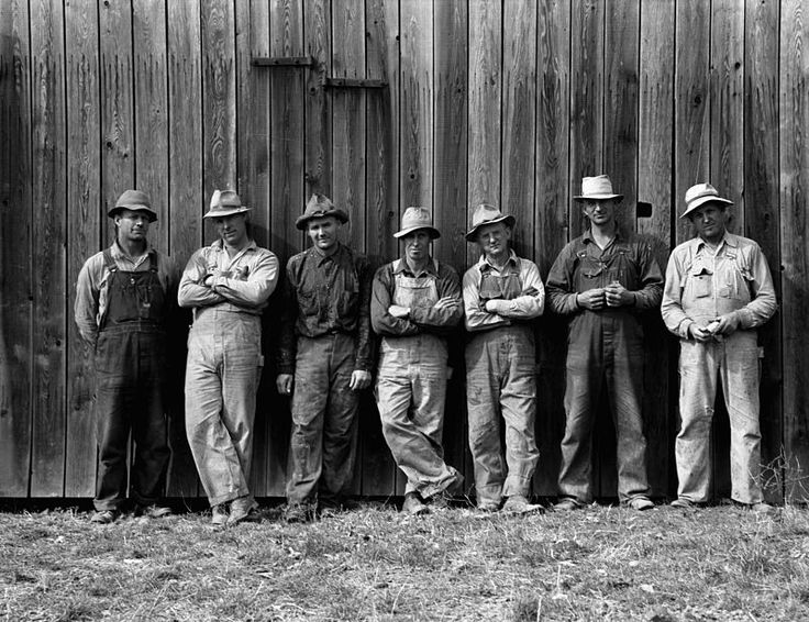 Dorothea Lange, Farmers who have bought machinery cooperatively, West Carlton, Yamhill County, Oregon, 1939.jpg