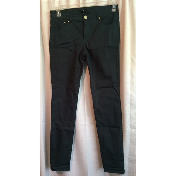 Skinny Teal Pants ITEM MUST GO! NWOT dark teal color with gold detailing. Runs a little small, close to a 8/10. No trades or PayPal, make me an offer! H&M Pants Skinny