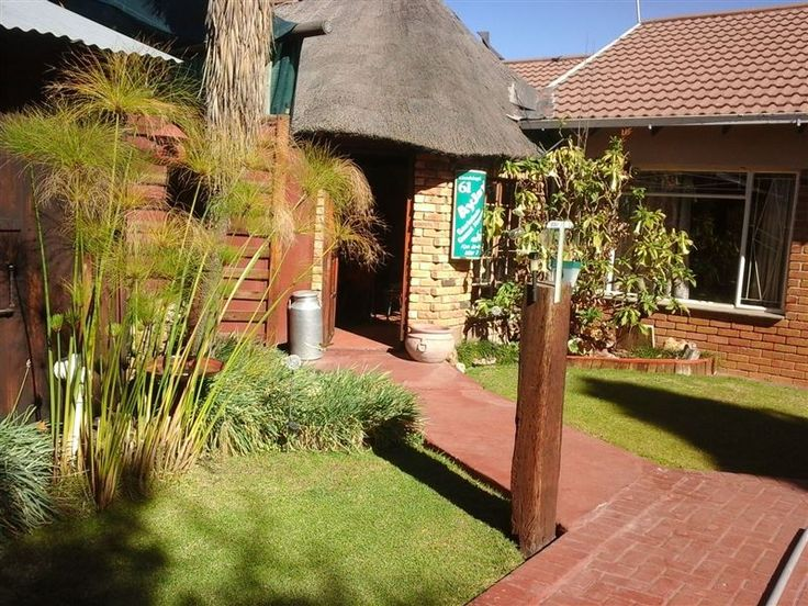 Ayjays Guest House - Ayjays Guest House invites you to experience affordable accommodation in Bloemfontein. We are located in a safe and relaxed environment with all the facilities to make you feel right at home. ... #weekendgetaways #bloemfontein #motheo #southafrica