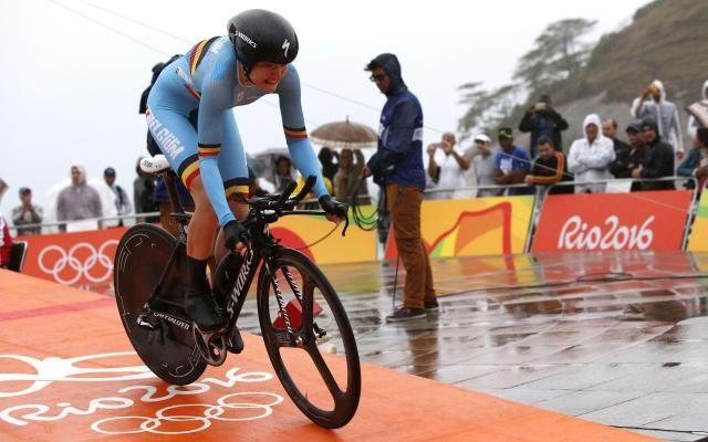 """Cruelle désillusion pour les cyclistes belges aux JO 2016: """"Le pire chrono de ma carrière"""" -                   Les deux cyclistes belges engagées sur le contre-la-montre féminin des Jeux olympique de Rio ont confirmé leur déception sur un tracé difficile balayé par le vent et la pluie. http://si.rosselcdn.net/sites/default/files/imagecache/flowpublish_preset/2016/08/10/679815766_B979412163Z.1_20160810170437_000_G597CNL2E"""