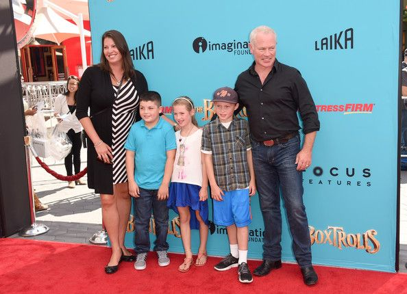Neal Mcdonough And Ruve Robertson Photos Photos Premiere Of Focus Features The Boxtrolls Red Carpet Mcdonough Robertson Premiere Browse more than 100,000 pictures of celebrity and movie on aceshowbiz. ruve robertson photos photos premiere