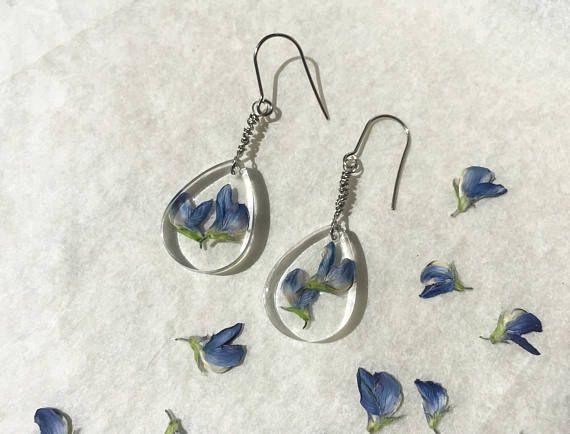 Orecchini trasparenti in resina e fiori di Lupino - gioielli botanici - naturali