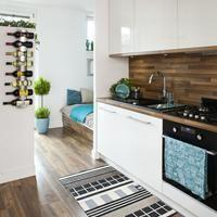 Co na ścianie nad blatem w kuchni? 30 inspiracji ZDJĘCIA