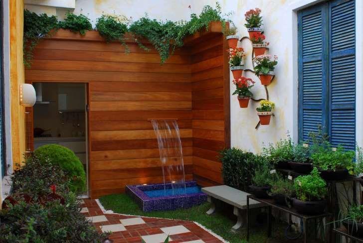 homify / Adriana Baccari Projetos de Interiores: Jardim de Ervas: Jardins ecléticos por Adriana Baccari Projetos de Interiores