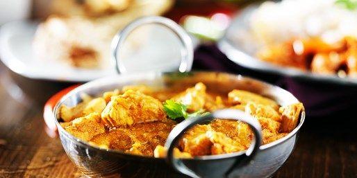 Gleiches Design – neuer Chef: Wir haben das wiedereröffnete Restaurant Shalimar in Hamburg getestet und einen Deal für Euch verhandelt. Freut Euch auf köstliche indische Fisch- und Fleischspezialitäten in fünf Gängen in der Neustadt. Zu zweit zahle Ihr mit unserem Travelzoo Restaurant Deal nur 49 € statt 80 €.