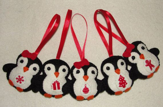Felt Penguins Ornaments Set of 5 Felt Penguin Ornament by NitaFelt