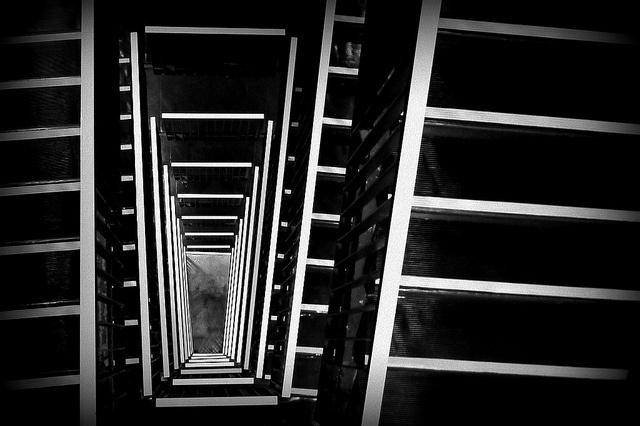 Výtah nebo schodiště?   Flickr: Intercambio de fotos
