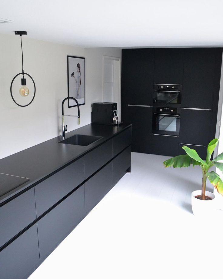 die besten 25 versteckte speisekammer ideen auf pinterest kleine kaffeemaschine versteckte. Black Bedroom Furniture Sets. Home Design Ideas