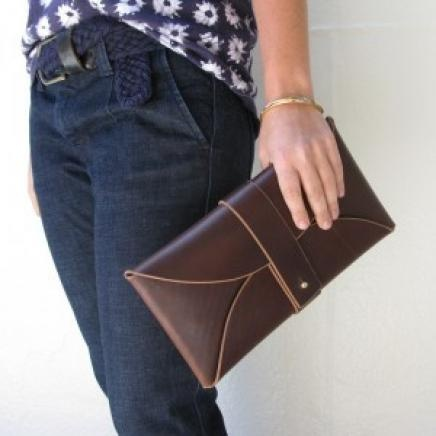 Accessory trend DIY: the envelope clutch