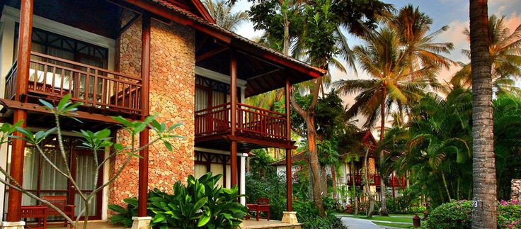 Holiday Resort Lombok (Senggigi)