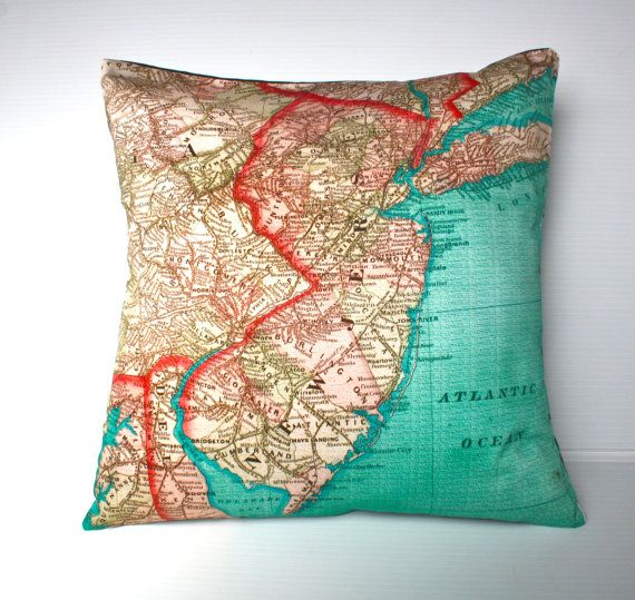 Decorative throw pillow NEW JERSEY map cushion Organic cotton, pillow cover, cushion, 16 x16inch 40cm