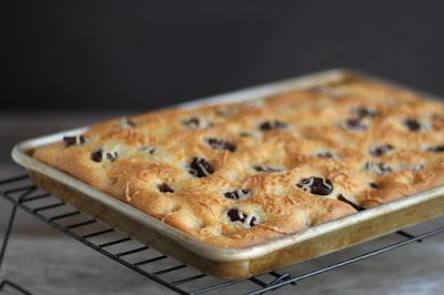 Cookistry: Whole Wheat Focaccia with Olives, Cheese, and Rosemary