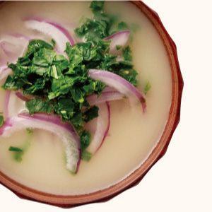 紫玉ねぎとモロヘイヤの味噌汁
