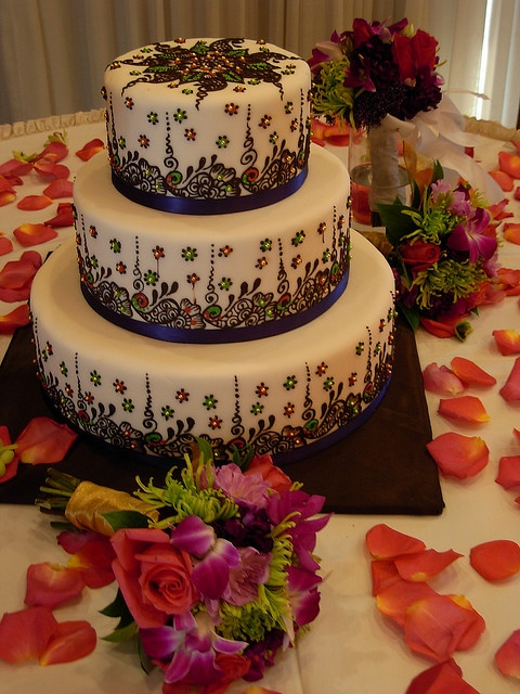 wedding cakes indian style 1000 ideas about indian bridal on 24628