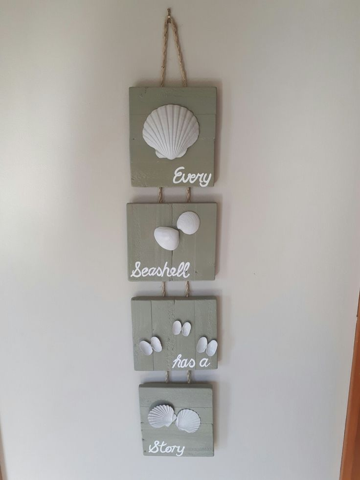 Recycled Pallet Hanging Wall Decor