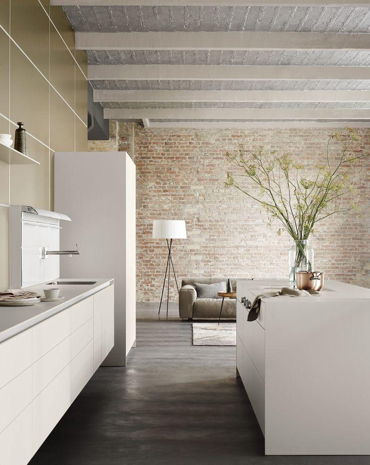 Die Besten 61 Weiße Küchen: Küchen-design Ganz In Weiß Bilder Auf ... Wohnzimmer Kuche Design