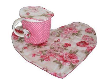 Mug Hug de coração, com aquecedor de xícara e abafador, seu café, chá ou chocolate sempre quentinhos!