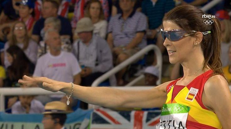 #Atletismo Ruth Beitia logra el #oro en salto de altura ¡Enhorabuena @Ruthypeich!