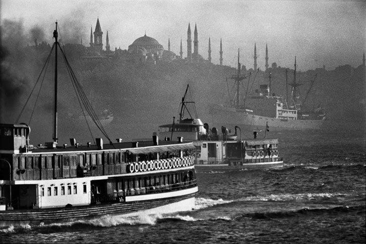Ara Güler | Offical Web Site  #turkiye #turkey #istanbul #bw #siyahbeyaz #vapur #art #sanat #bogaz #photography #tarihimerkez #oldcity www.armadaistanbulculture.com
