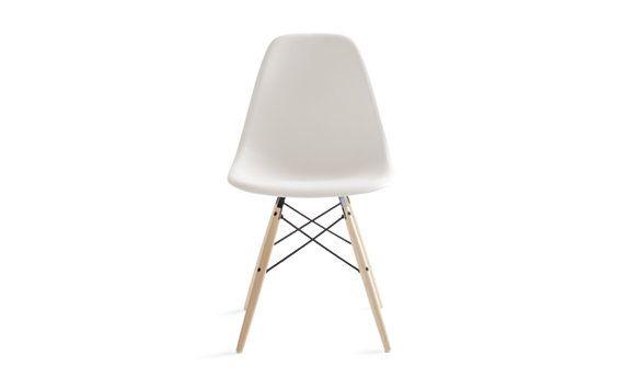Eames molded plastic dowel leg side chair dsw offices for Eames dowel leg side chair