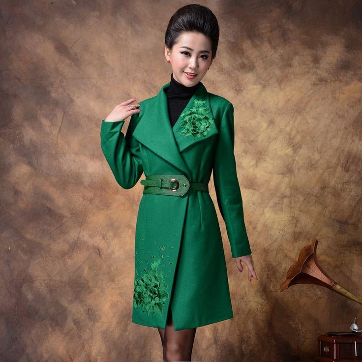Шерстяное пальто 2012 новый зимнее пальто зимнее пальто больших размеров женщин вышитые шерстяные куртки корейской версии