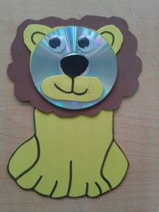 This page has a lot of free and easy paper and recyled Animal craft idea for kids,parents and preschool teachers.