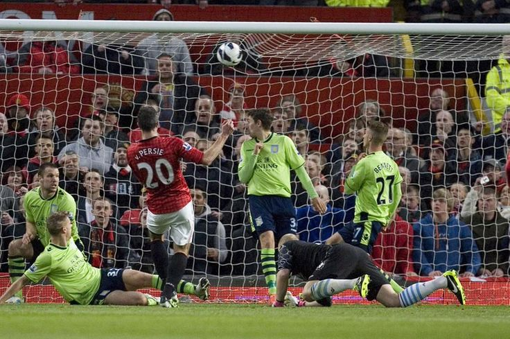 Robin van Persie scores Vs Villa