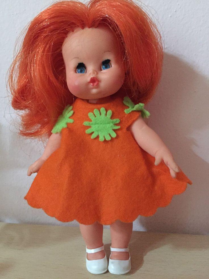 Lia, vestito di vendita I capelli sembrano troppo rossi rispetto all'originale