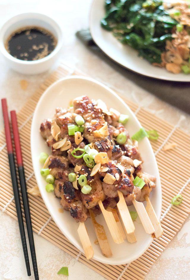 Het recept voor yakitori oftewel Japanse kipspiesjes. Echt een aanrader, zo lekker! Deze zijn trouwens ook erg lekker van de BBQ.