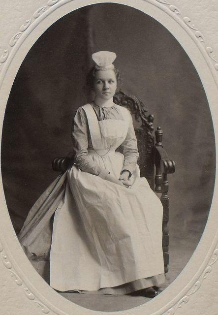"Memphis City Hospital Training School for Nurses (Regional Medical Center at Memphis) Rare Student Photograph, 1900: Handwritten on back ""Julia H. Ebendicke, Oct, 1901"""