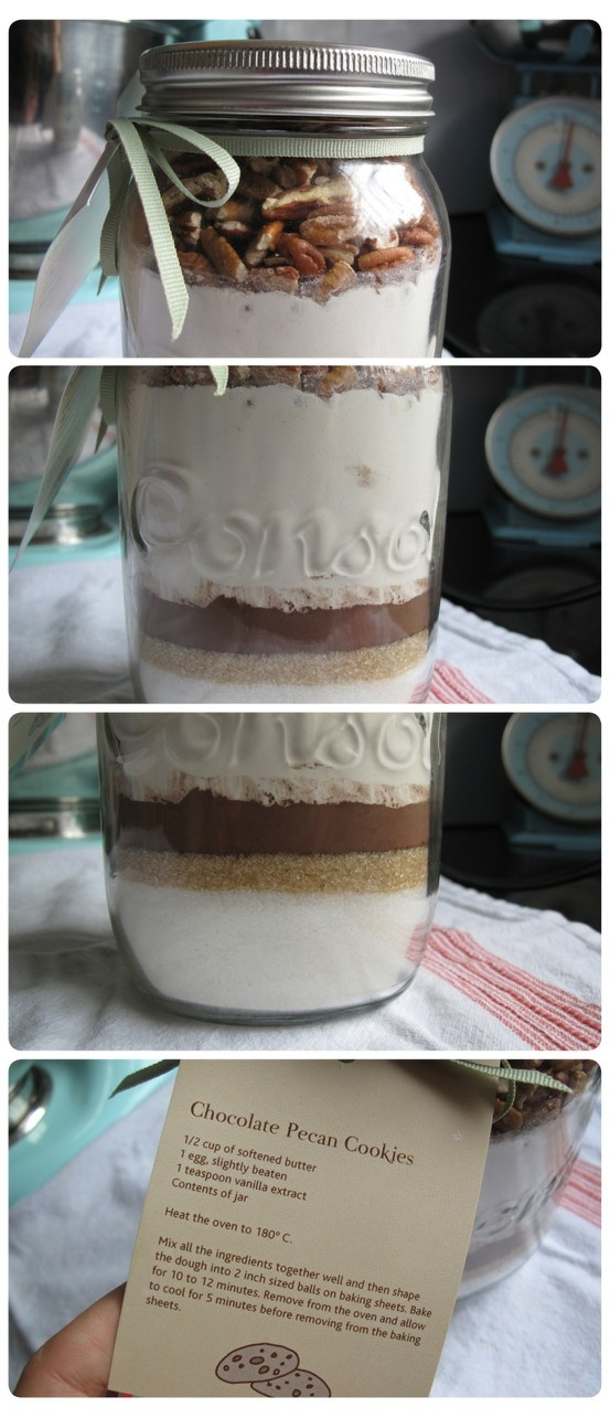Cookie in a jar.  Great gift idea!