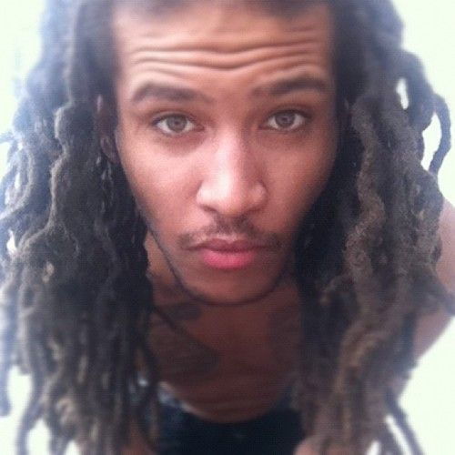 porn pics light skin guy with dread