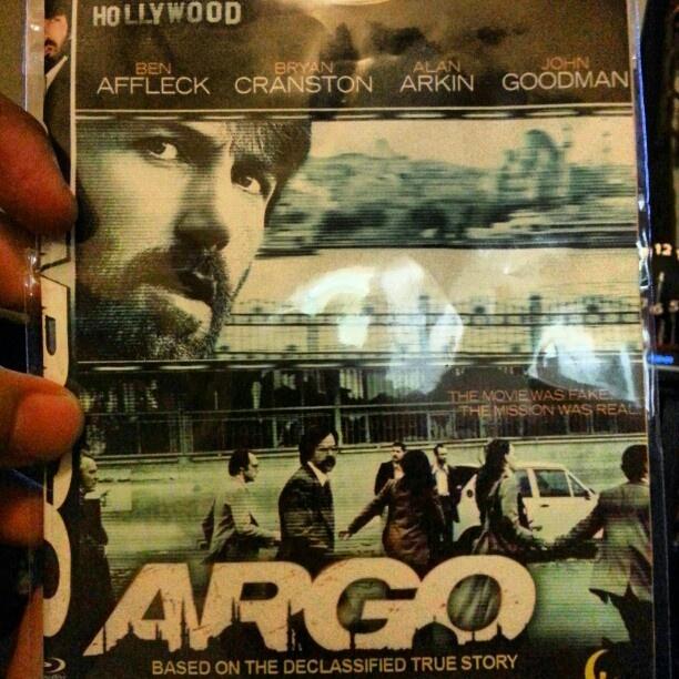 #映画#アルゴ#リラックス watching #argo #dvd #movie time #relax #hollyweek #holidays#philippines#フィリピン