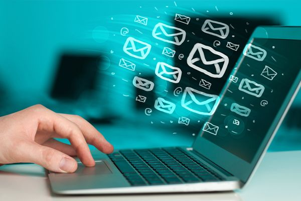 Vox Telecom is dropping its prices – Bulk Mailer spring offer:  Spring has sprung and you can save up to R1,000 when sending emails, and R5,000 on SMSes with Bulk Mailer from Vox.