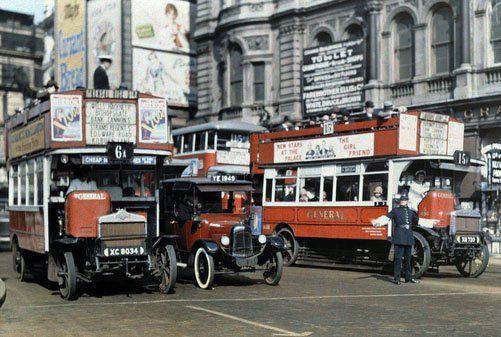 Trafalgar Square, London, 1928 Autochrome