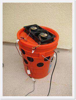 Swamp bucket cooler