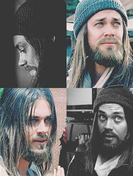 Tom Payne in The Walking Dead