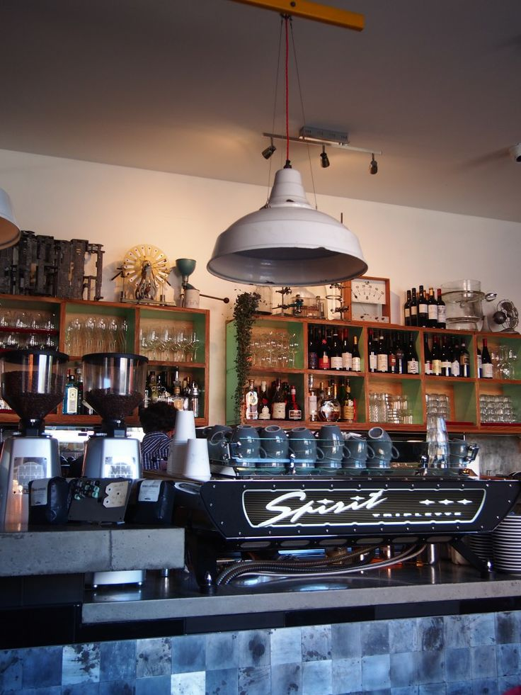 An industrial and vintage restaurant @ Hammer & Tong, Fitzroy
