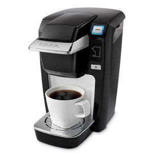 2 minutes is all that is required for a delicious cup of coffee, tea or an iced beverage in this machine. An attractive design and a couple of modern features make it an obvious choice at the price.