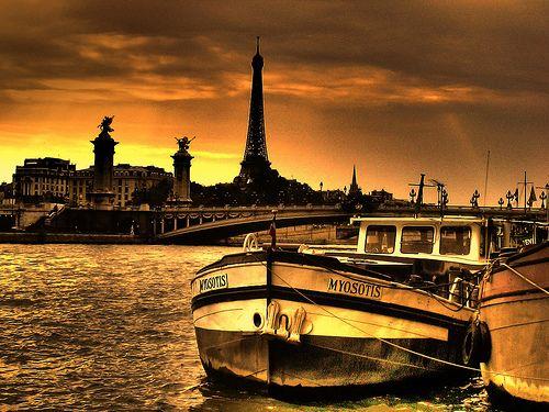 Love Boat in Paris.