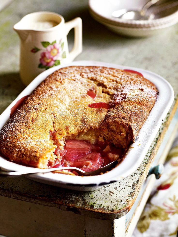 Rhubarb and vanilla sponge pudding