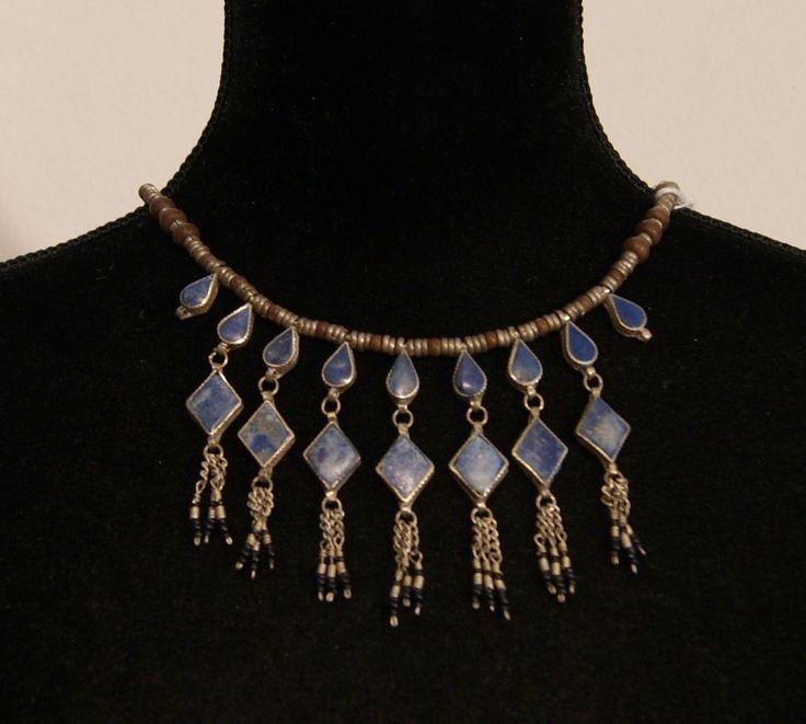 Tribal Fusion Halssnoer zilverkleurige kralen ingelegd met blauwe stenen TrH4…