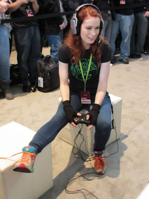 Felicia Day works her controller.