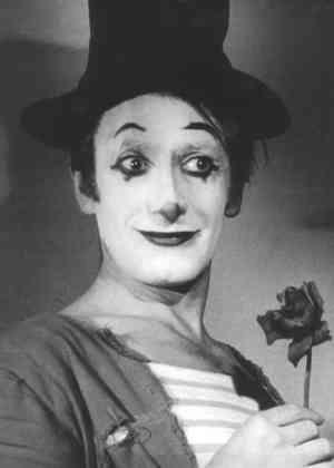 """""""¿No nos han encontrado sin palabras los momentos más emotivos de nuestras vidas?"""". Marcel Marceau (22 de marzo de 1923 - 22 de septiembre de 2007)"""