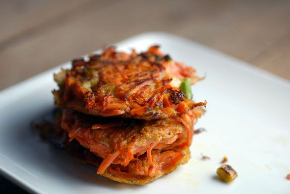 carrot latkes- made these for dinner tonight and they were met with great praise!  Russ said the 2nd best carrots he'd ever had.  Add more salt though and if using regular onion- sauté a bit before mixing into the carrot mixture.