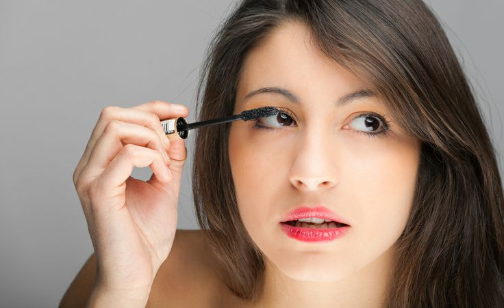 The secrets to smudge-proof makeup - To prevent smeared mascara or black under-eye smudge, use waterproof mascara. Some can leave your eyelashes looking brittle or clumpy, so test out a variety of brands - http://www.urbanewomen.com/the-secrets-to-smudge-proof-makeup.html